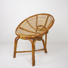 Load image into Gallery viewer, Vintage Bamboo Saucer Chair