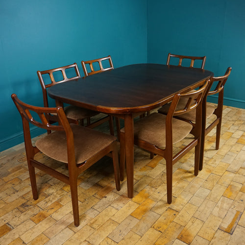 D-SCAN Danish Table & Six Dining Chairs