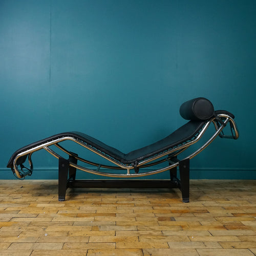 Le Corbusier Inspired LC4 Lounge Chair