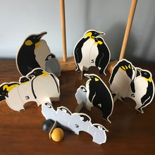 Load image into Gallery viewer, Penguin Croquet Set