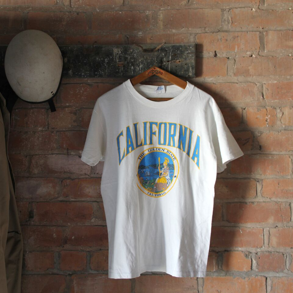 1980s Vintage T Shirt - California - Large