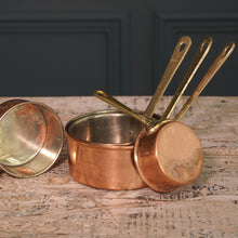 Load image into Gallery viewer, Set of Five Tiny Copper Pans