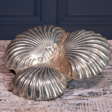 Load image into Gallery viewer, Silver Plated Scallop Serving Dish