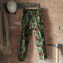 Load image into Gallery viewer, 1980s Dead Stock British Combat Pants