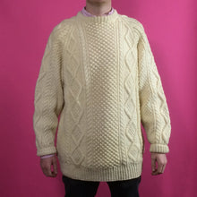 Load image into Gallery viewer, Arran Knit Vintage Jumper - Large
