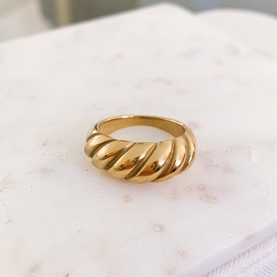 Croissant Ring