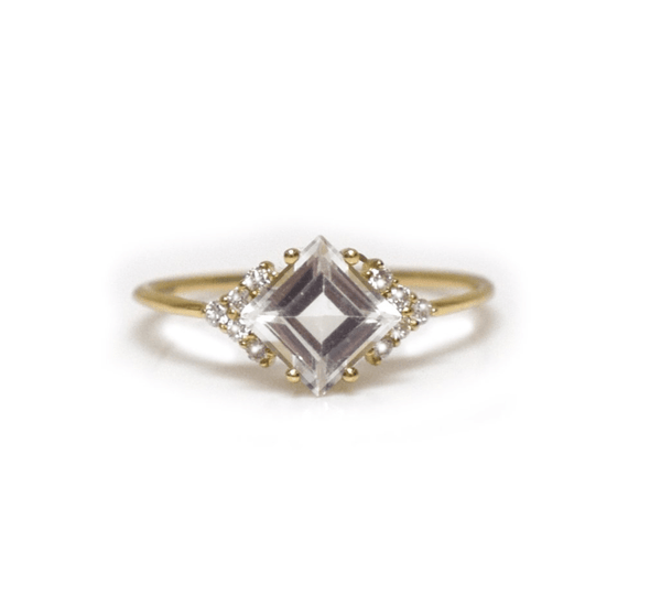 14kt Gold Topaz and Diamond Ring