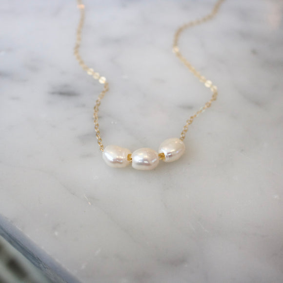 Bianco Pearl Necklace