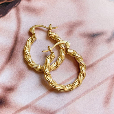 Juliet Hoops