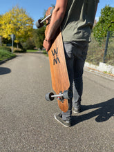 "Laden Sie das Bild in den Galerie-Viewer, Longboard ""Bounce"""