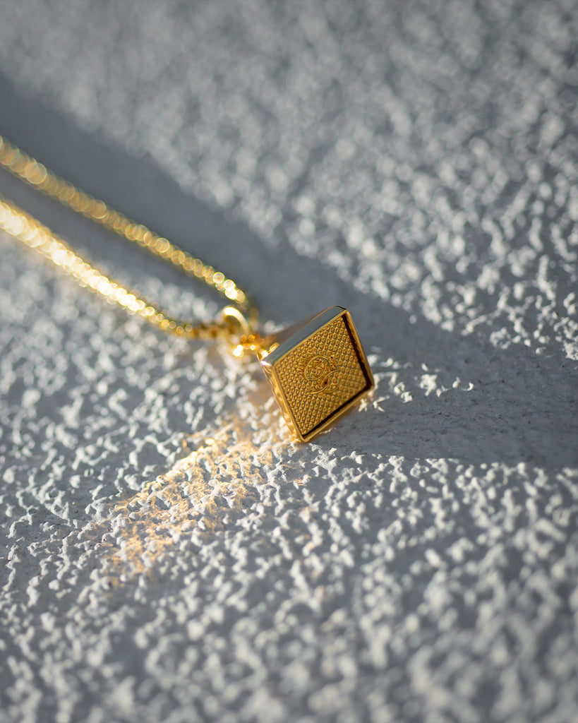 9FIVE 24k Gold Pyramid Chain