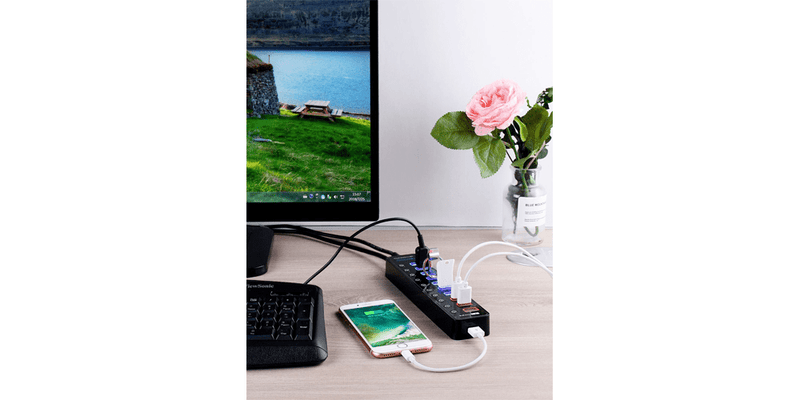 4-Port USB 3.0 Hub with Individual Power Switches and LEDs | Tendak