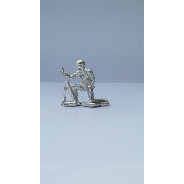Classic Army Man Mortar Silver Toy Soldier 1 oz .999 Fine Silver-SILVER ARMY MEN-1776mint