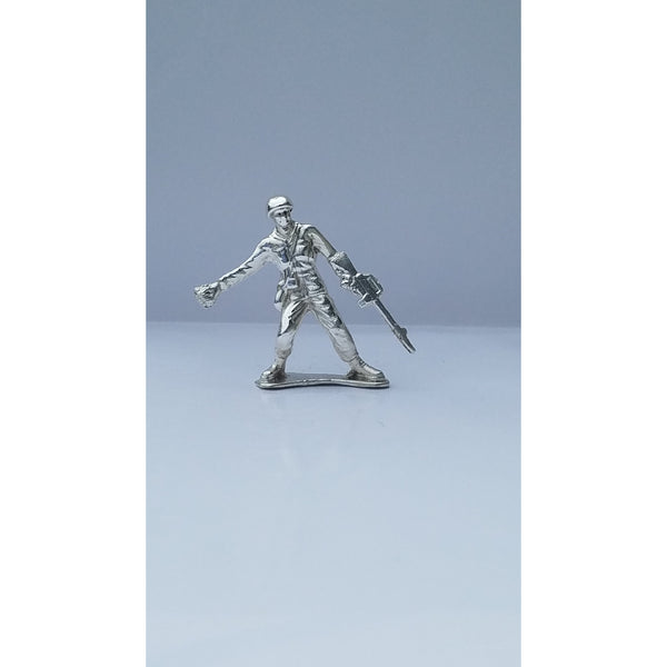 Classic Army Man Grenade Thrower Silver Toy Soldier 1 oz .999 Fine Silver-SILVER ARMY MEN-1776mint
