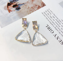 Load image into Gallery viewer, Diana Earrings - Shades of Beautii Collection