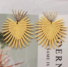 Load image into Gallery viewer, Fan of You
