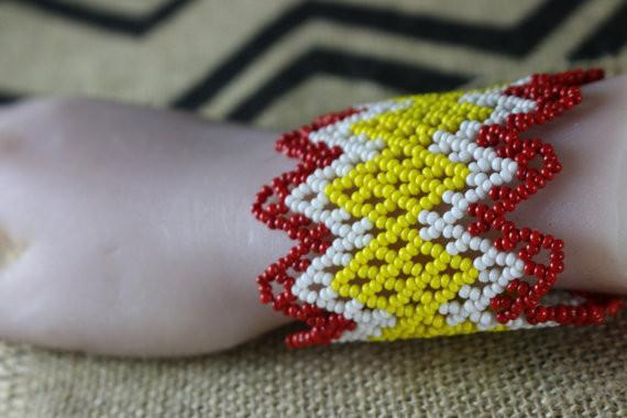 Art# K328  3+ inch. Original Kayapo Traditional Peyote stitch Beaded Bracelet from Brazil