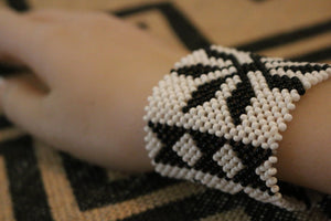 Art# K2 3 inch Original Kayapo Traditional Peyote stitch Beaded Bracelet from Brazil.