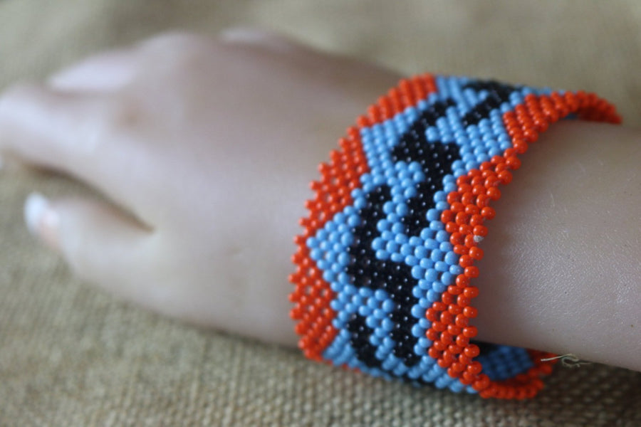 Art# K12 3.5 + Original Kayapo Traditional Peyote stitch Beaded Bracelet from Brazil.