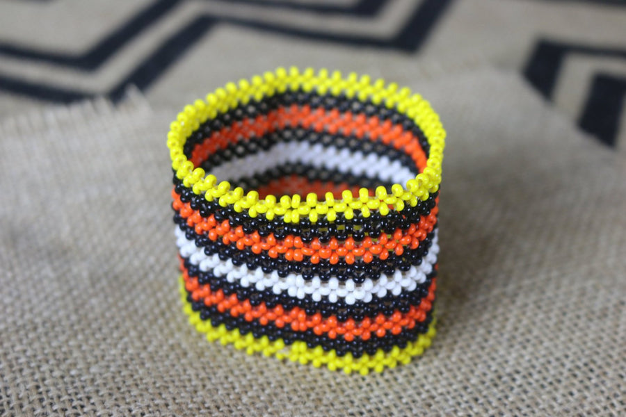 Art# K60 3.5 inch Original Kayapo Traditional Peyote stitch Beaded Bracelet from Brazil.