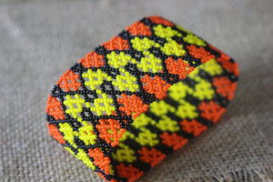 Art# K79  3.5+ inch Original Kayapo Traditional Peyote stitch Beaded Bracelet from Brazil.