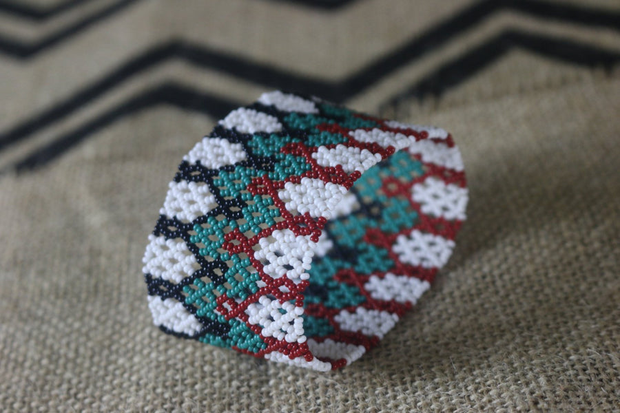 Art# K85 3+ inch Original Kayapo Traditional Peyote stitch Beaded Bracelet from Brazil.