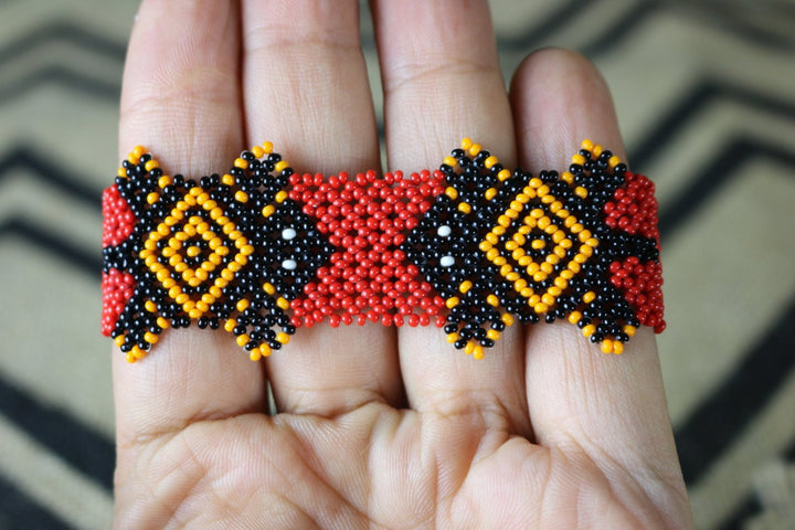 Art# K114 3.5 inch  Original Kayapo Traditional Peyote stitch Beaded Bracelet from Brazil.