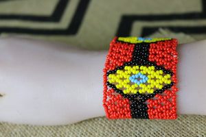 Art# K146 4 inch. Original Kayapo Traditional Peyote stitch Beaded Bracelet from Brazil.