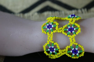 Art# K173 3 inch Original Kayapo Traditional Peyote stitch Beaded Bracelet from Brazil.