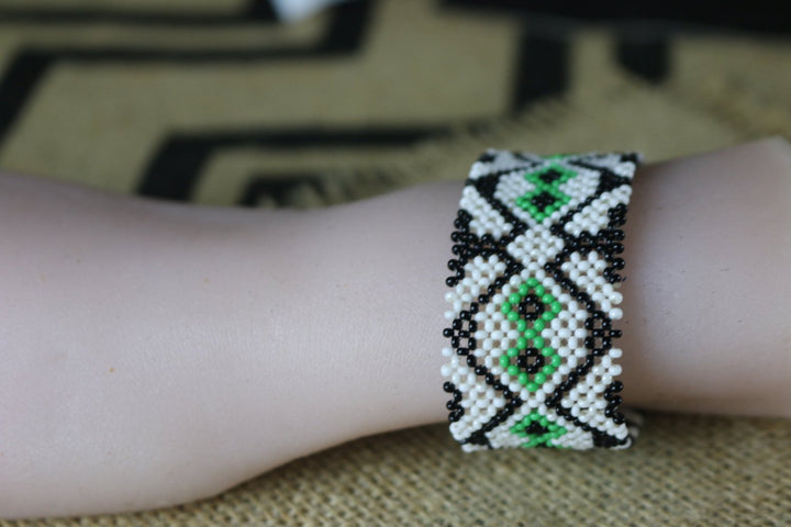 Art# K202  3+inch. Original Kayapo Traditional Peyote stitch Beaded Bracelet from Brazil.