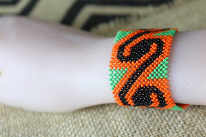 Art# K206  3+ inch. Original Kayapo Traditional Peyote stitch Beaded Bracelet from Brazil.