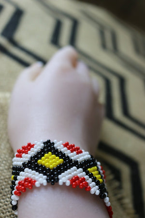 Art# K209  4+ inch. Original Kayapo Traditional Peyote stitch Beaded Bracelet from Brazil.