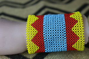 Art# K214  3.5+inch. Original Kayapo Traditional Peyote stitch Beaded Bracelet from Brazil.