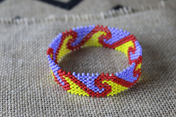 Art# K211  4+ inch. Original Kayapo Traditional Peyote stitch Beaded Bracelet from Brazil.