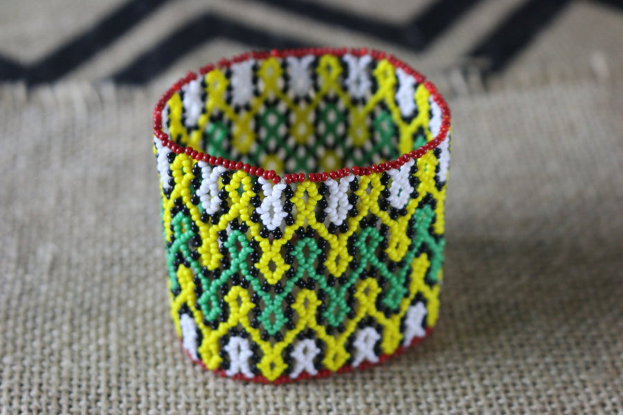 Art# K240  3+ inch. Original Kayapo Traditional Peyote stitch Beaded Bracelet from Brazil.