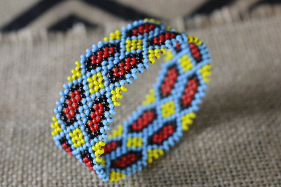 Art# K245  3+ inch. Original Kayapo Traditional Peyote stitch Beaded Bracelet from Brazil.
