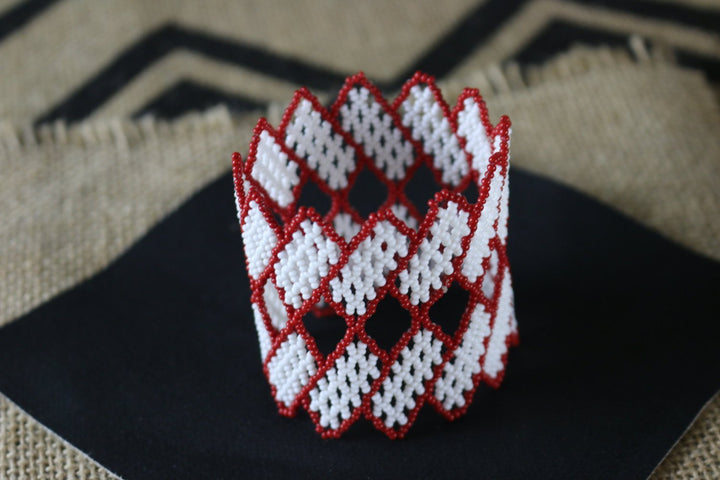 Art# K255  3 inch. Original Kayapo Traditional Peyote stitch Beaded Bracelet from Brazil.