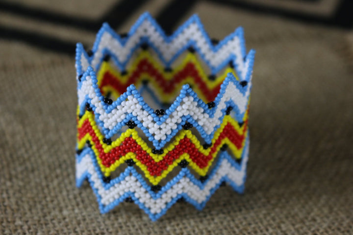 Art#  K293  3+ inch. Original Kayapo Traditional Peyote stitch Beaded Bracelet from Brazil.