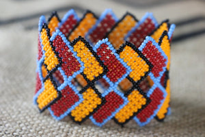 Art# K294  3+ inch. Original Kayapo Traditional Peyote stitch Beaded Bracelet from Brazil.