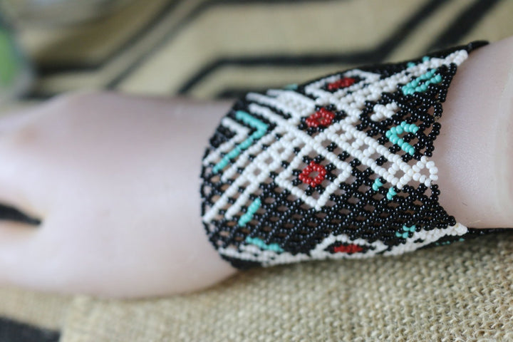 Art# K296  3+ inch. Original Kayapo Traditional Peyote stitch Beaded Bracelet from Brazil.
