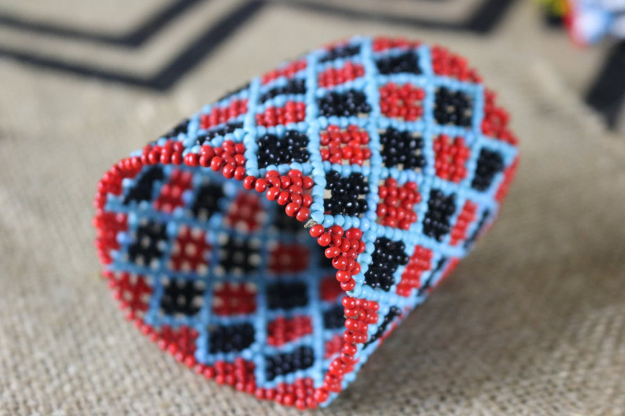 Art# K297  3+ inch. Original Kayapo Traditional Peyote stitch Beaded Bracelet from Brazil.