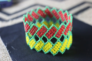 Art# K318  3+ inch. Original Kayapo Traditional Peyote stitch Beaded Bracelet from Brazil.