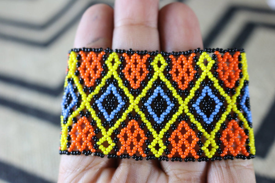 Art# K321  3 inch. Original Kayapo Traditional Peyote stitch Beaded Bracelet from Brazil