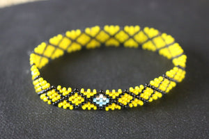 Art# K368  3+  inch. Original Kayapo Traditional Peyote stitch Beaded Bracelet from Brazil