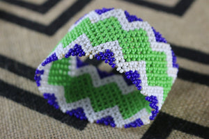 Art# K404  4 inch. Original Kayapo Traditional Peyote stitch Beaded Bracelet from Brazil