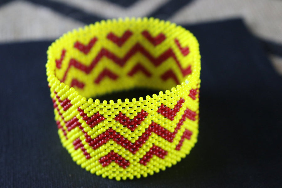 Art# K405  3+ inch. Original Kayapo Traditional Peyote stitch Beaded Bracelet from Brazil