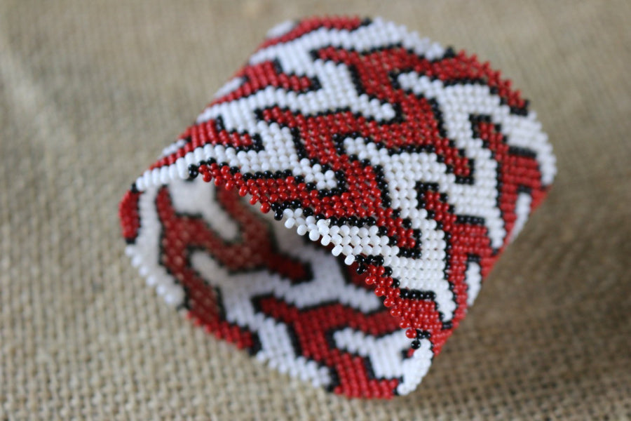 Art# K409  3+ inch. Original Kayapo Traditional Peyote stitch Beaded Bracelet from Brazil