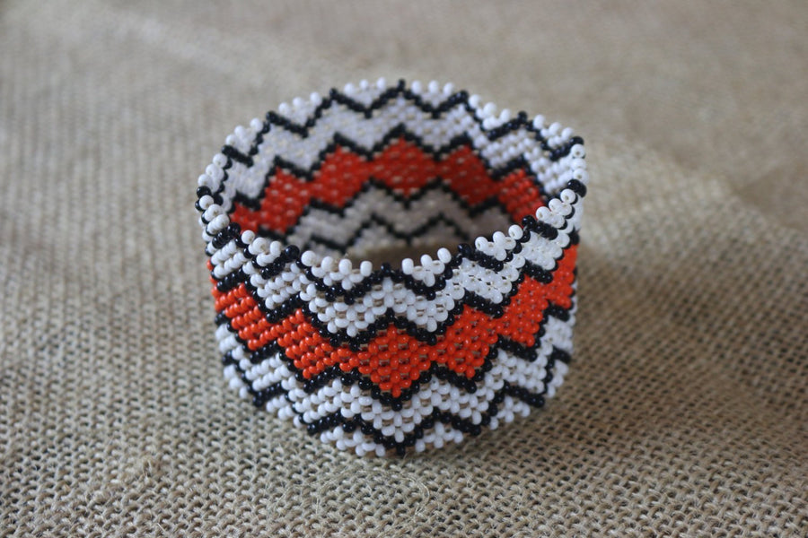 Art# K20 3.5+ inch. Original Kayapo Traditional Peyote stitch Beaded Bracelet from Brazil.
