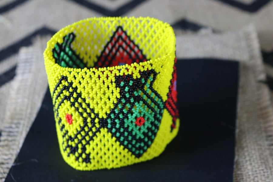 Art# K127  4 inch Original Kayapo Traditional Peyote stitch Beaded Bracelet from Brazil.