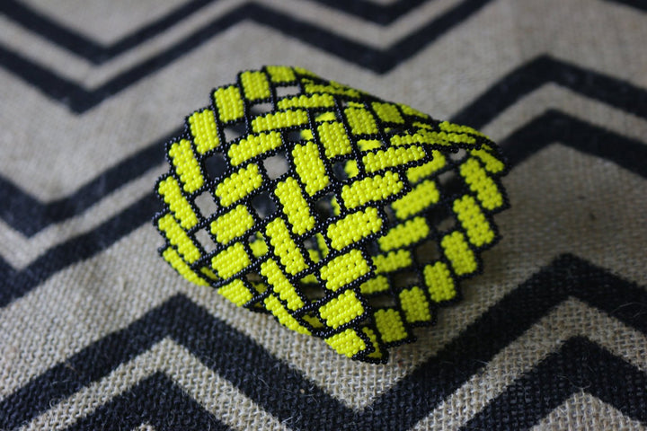 Art# K178  3+ inch. Original Kayapo Traditional Peyote stitch Beaded Bracelet from Brazil.